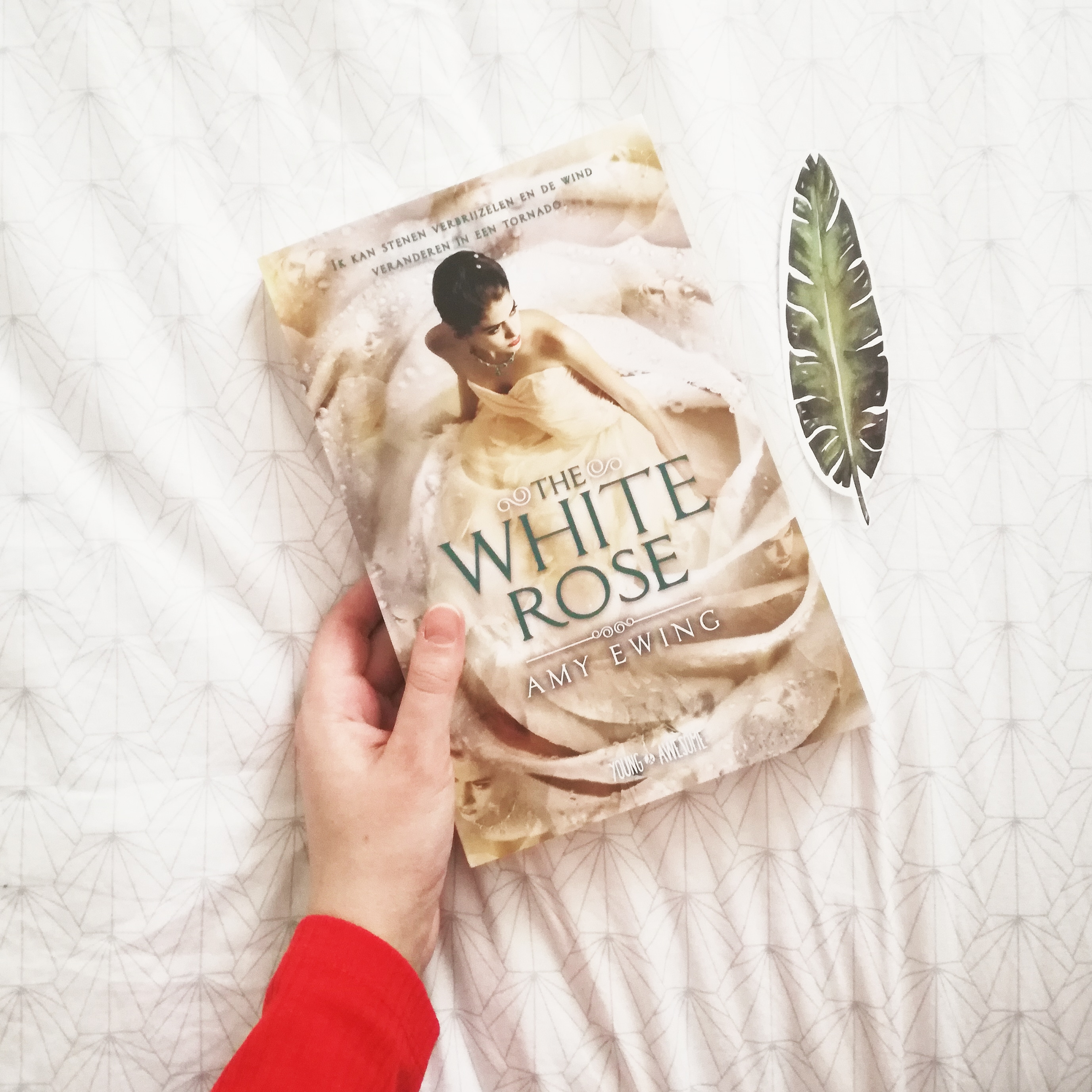 the white rose the jewel recensie